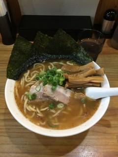 橿原神宮 ラーメン サクラ.jpg